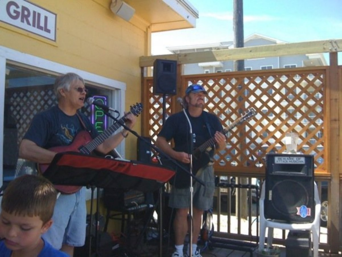 Band at Sandbridge Island Restaurant